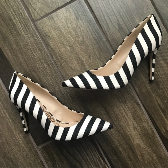 90e959fd16e9d6 Sam Edelman Hazel Ivory   Black Striped Heels 9.5.  M 5bda1846c89e1dbc4f118d17